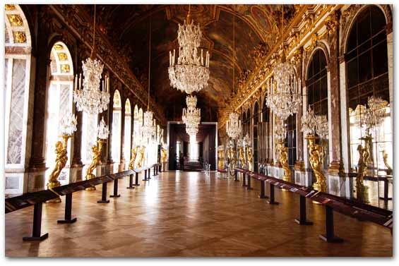Palace-of-Versailles-palaces-32170366-565-377