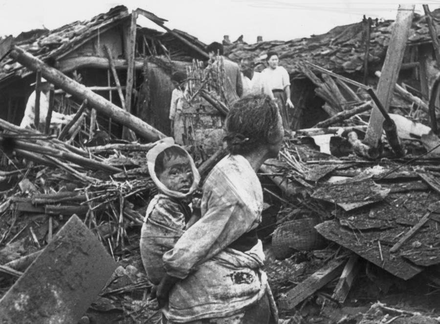 korean-war-atrocities-bombing
